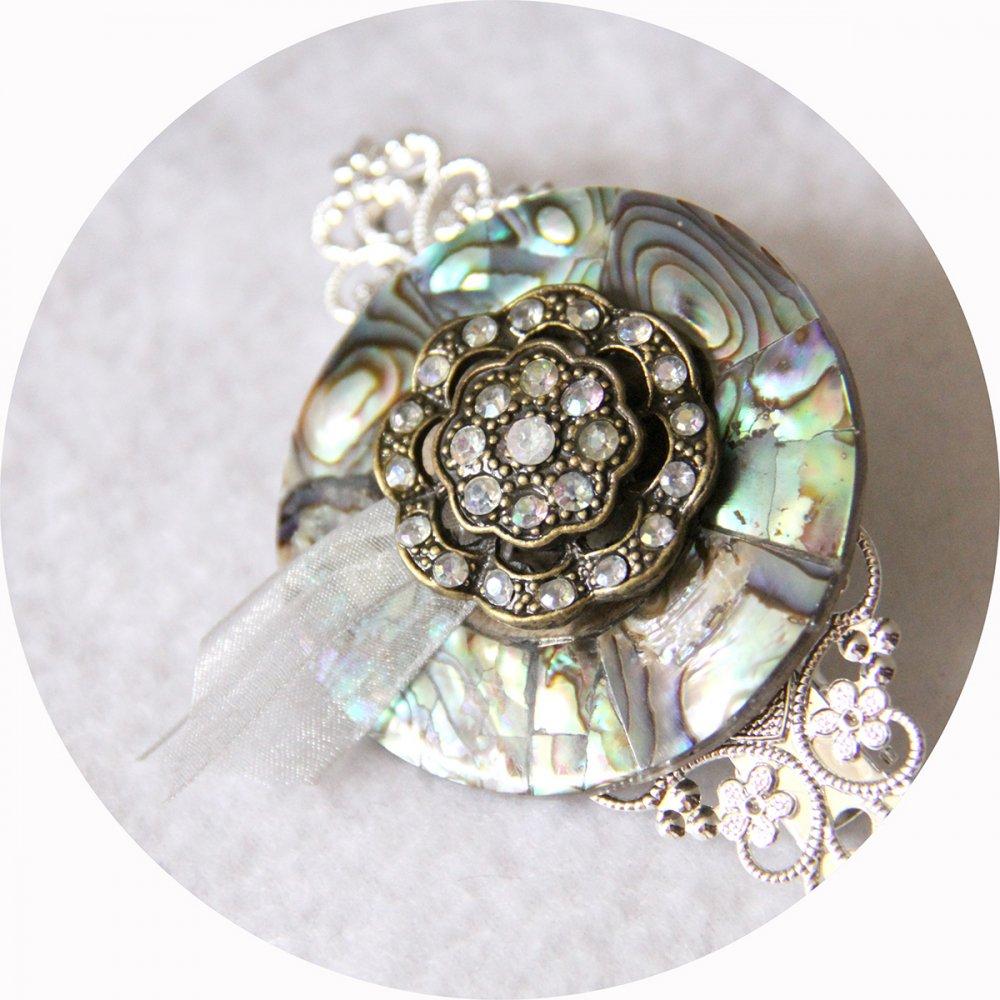Barrette boutons nacre strass et argent longueur 8cm--2226284235558