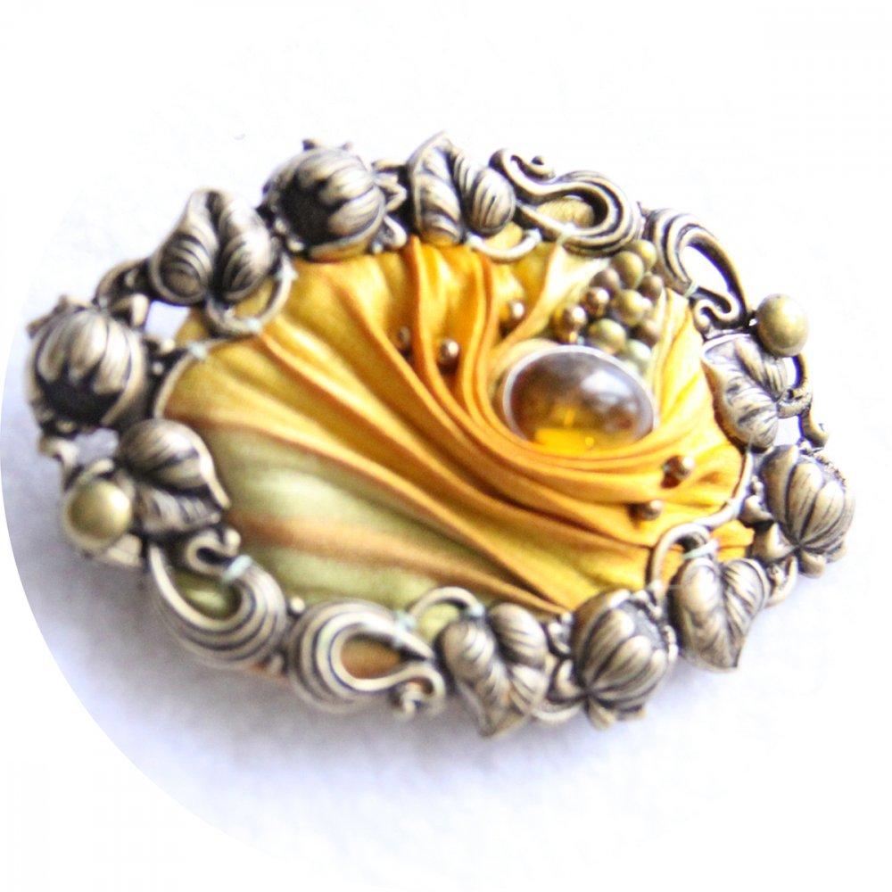 Barrette ovale en ruban de soie shibori ambre brodée et cadre bronze 5cm--9996131162643