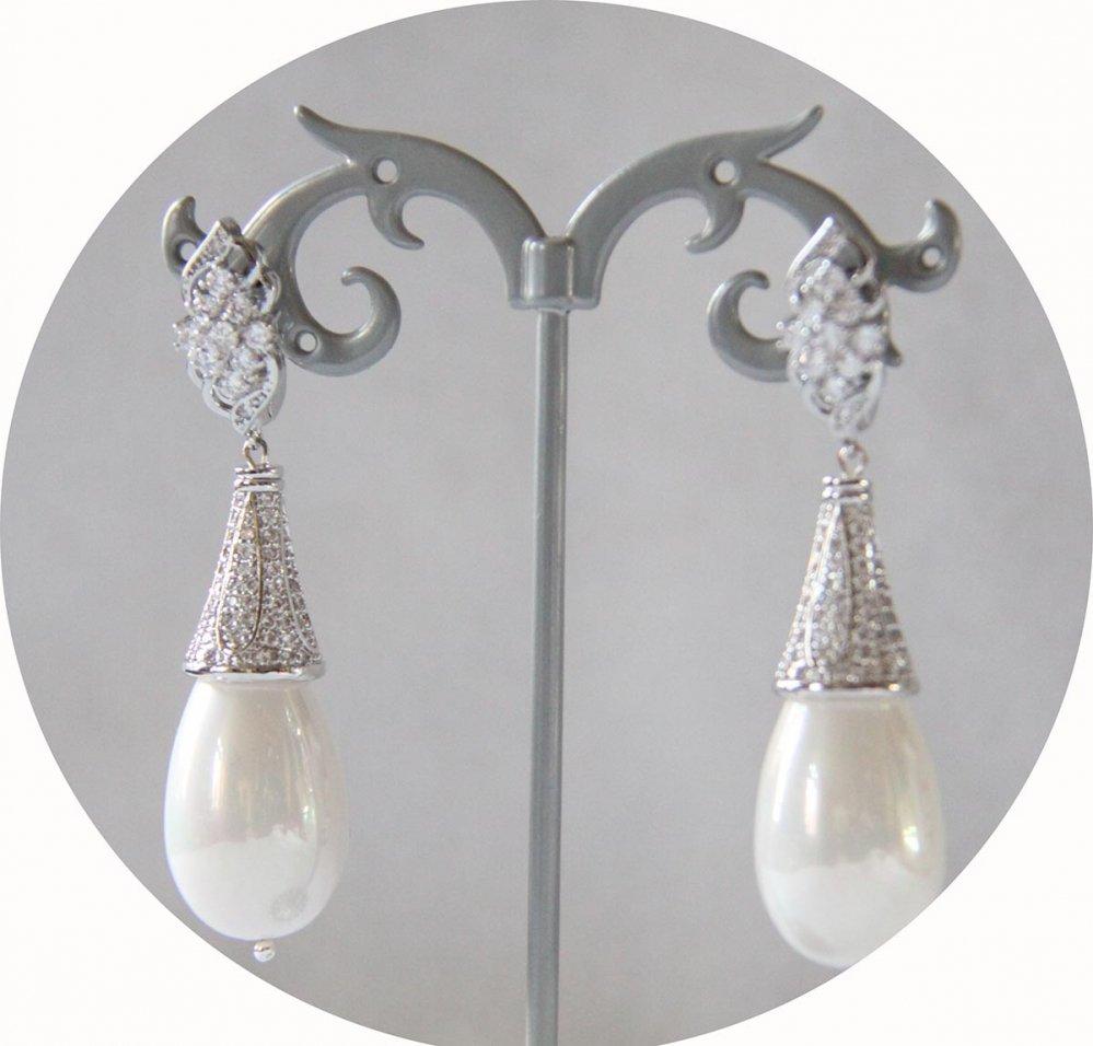 Boucles d'oreilles baroques grande goutte nacrée et attaches dormeuses argentées strassées--9995541963093