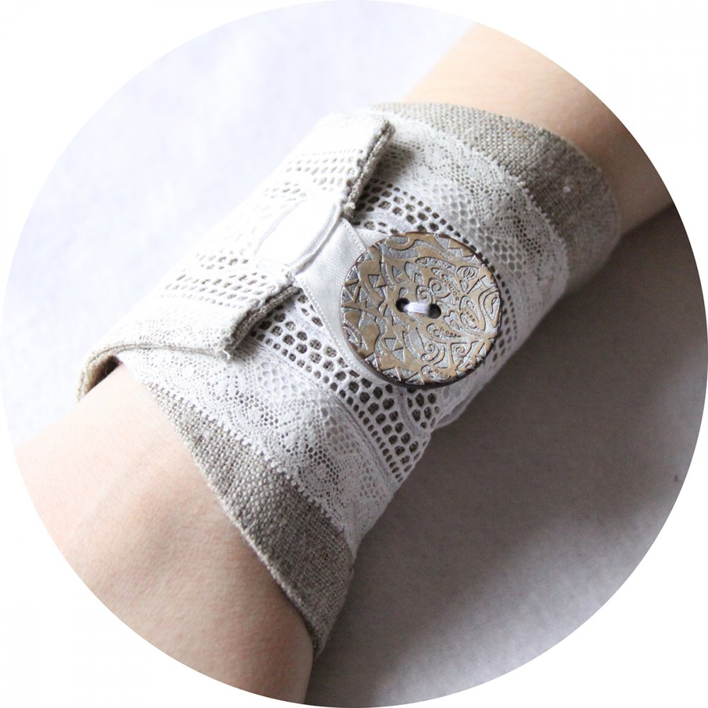 Bracelet manchette en lin beige et broderie anglaise--9996044805743