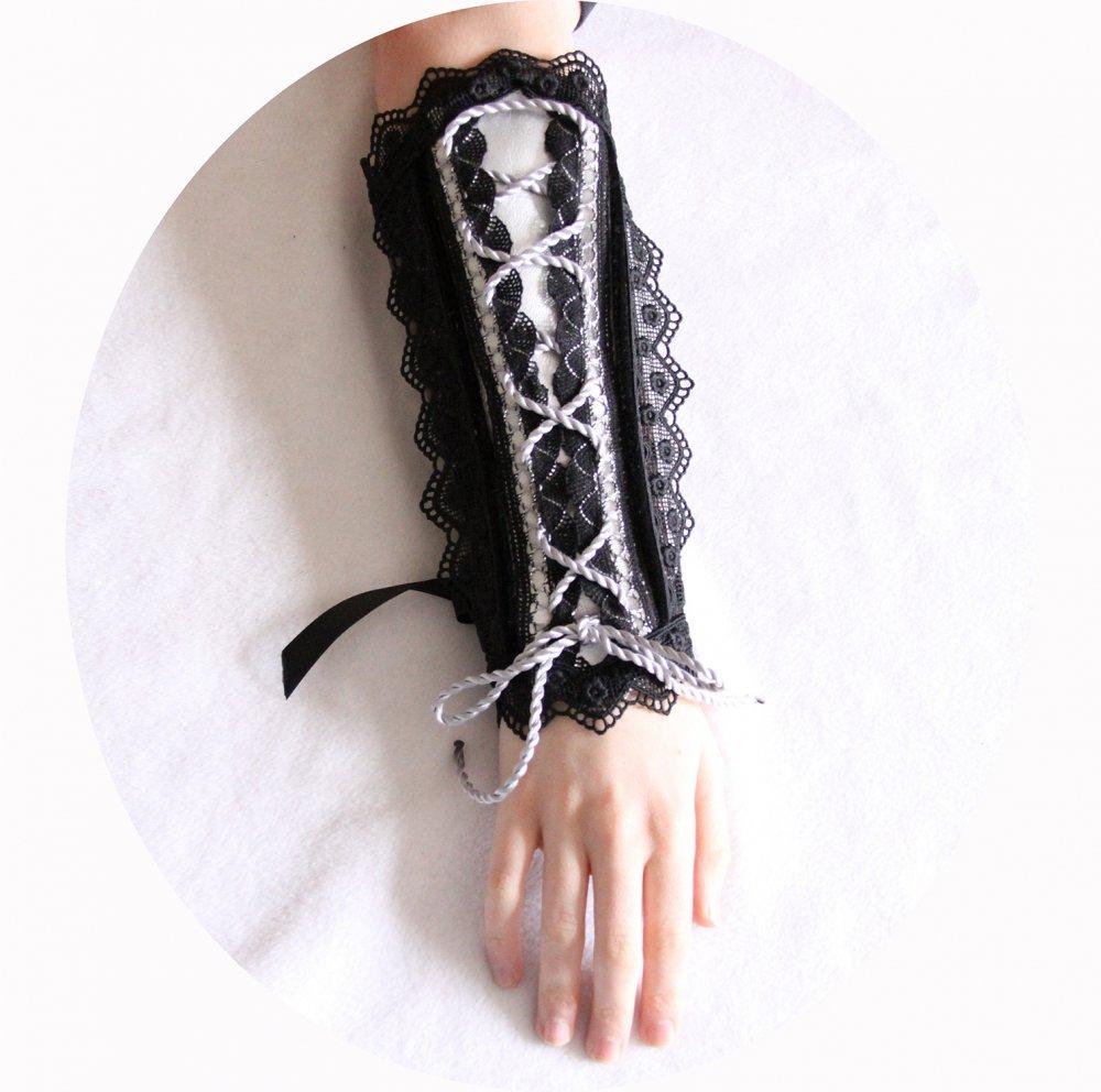 Canon de bras argent et noir steampunk gothique victorien en cuir et dentelle--9995924793095