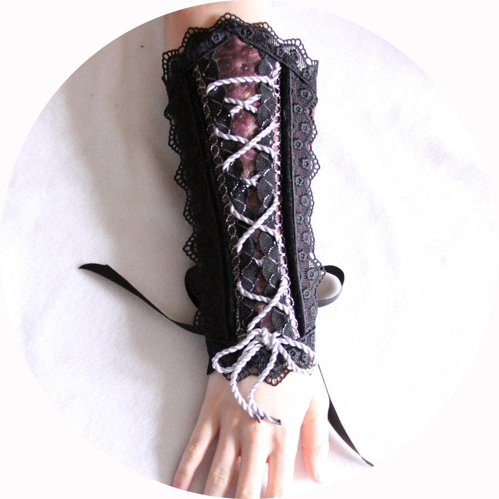 Canon de bras mauve et noir steampunk gothique victorien en cuir et dentelle--9995924796423