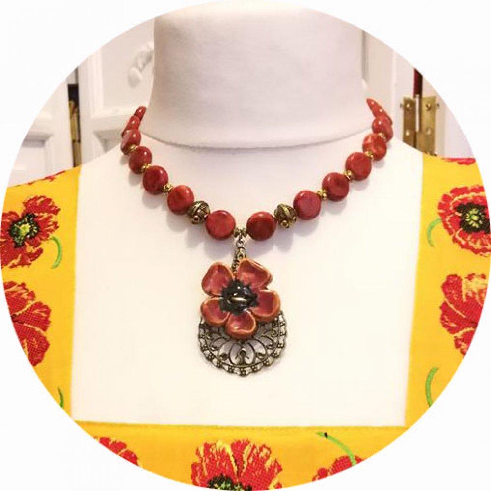 Collier Anémone en perles rouge corail et médaillon central en céramique--9995589871688
