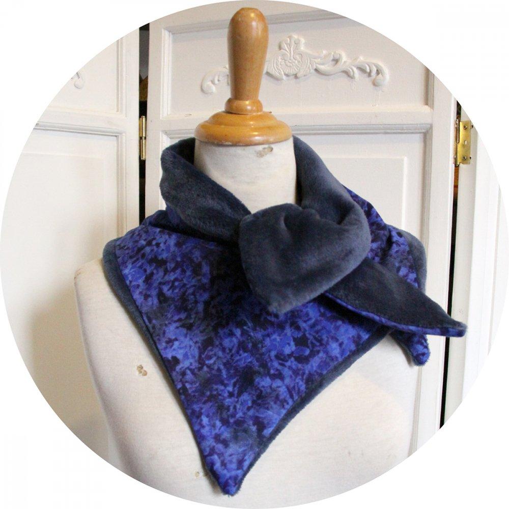 Col tour de cou bleu roi en batik et polaire bleue--9996112157460