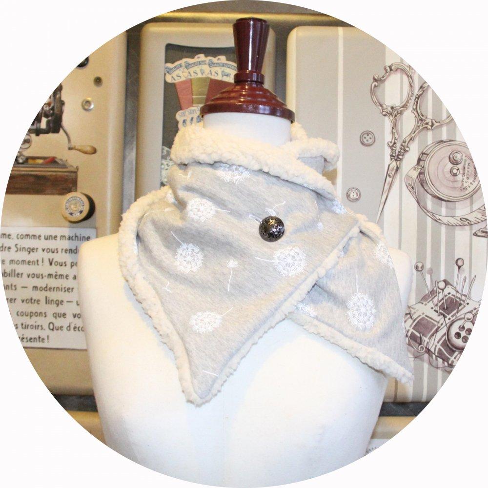 Col tour de cou en molleton gris perle imprimé pissenlit et moumoute ivoire avec bouton argent--9995767419558