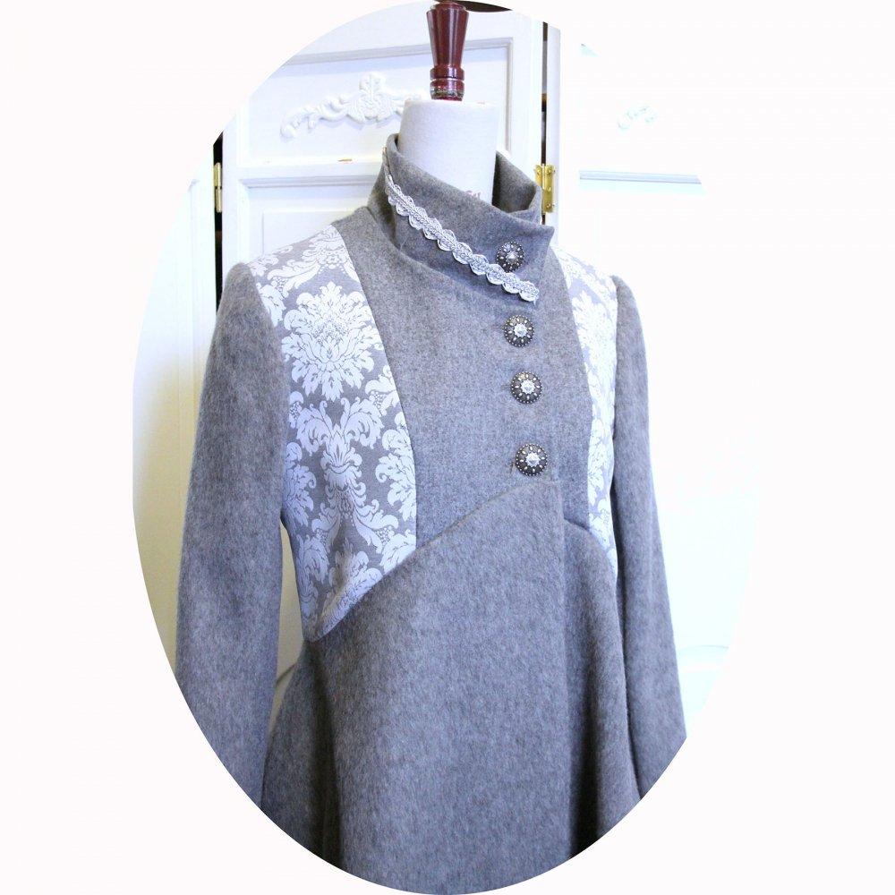 Manteau Spencer de forme trapèze en velours de laine et mohair gris perle et motif baroque--9995833097833