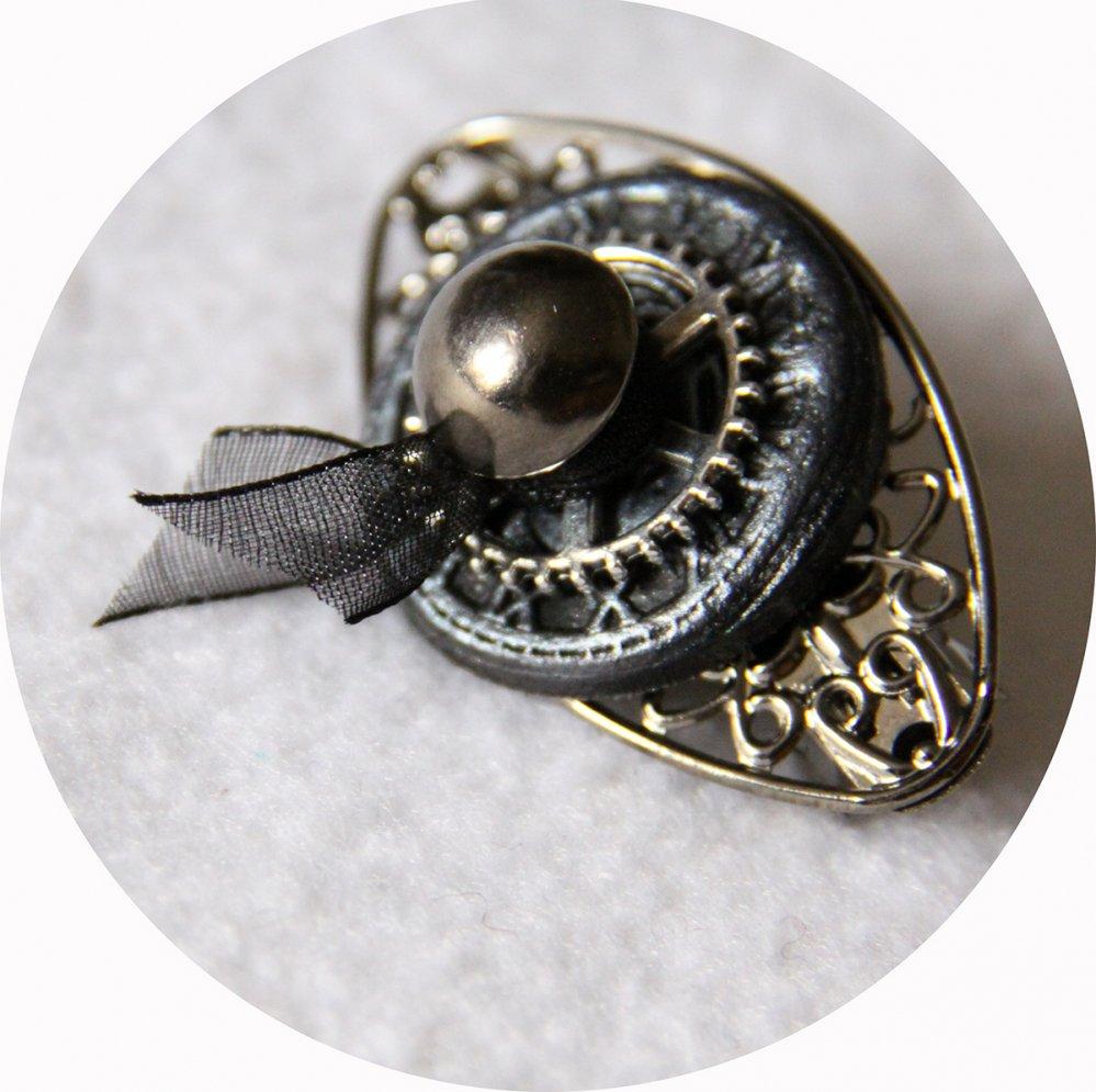 Petite barrette boutons noir argent et gunmetal steampunk longueur 5cm--2226284314376