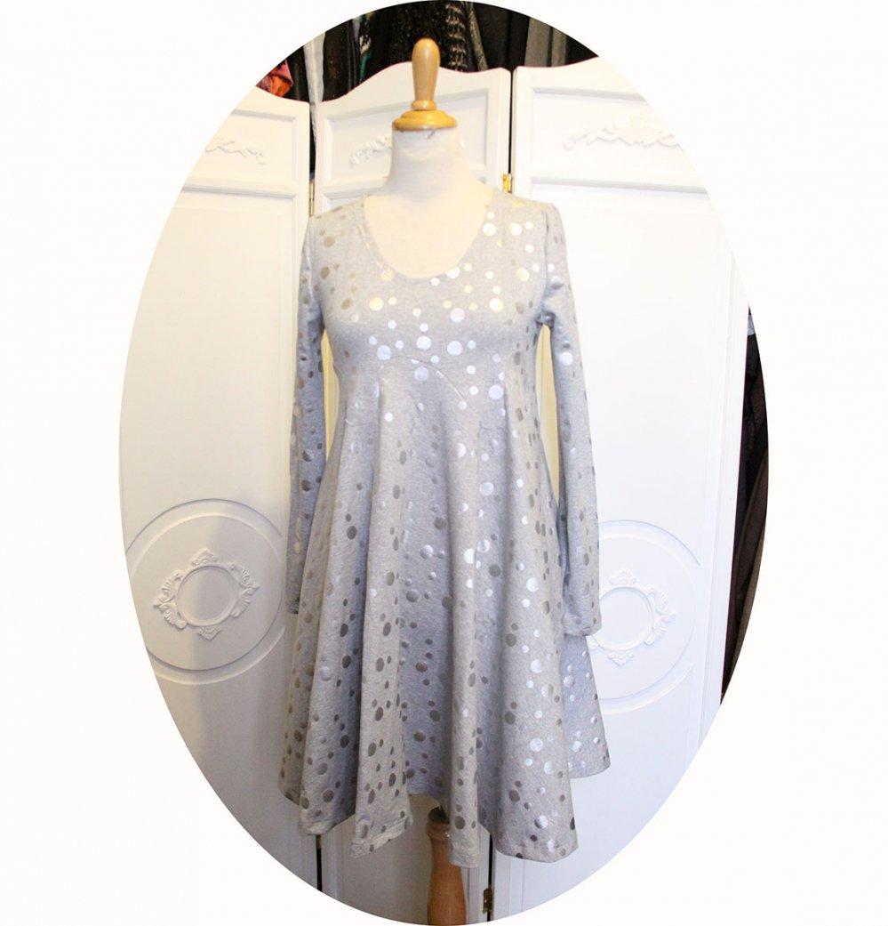 Robe taille haute courte à manches longues et jupe évasée en maille jersey de coton gris à pois argent--9995678836963