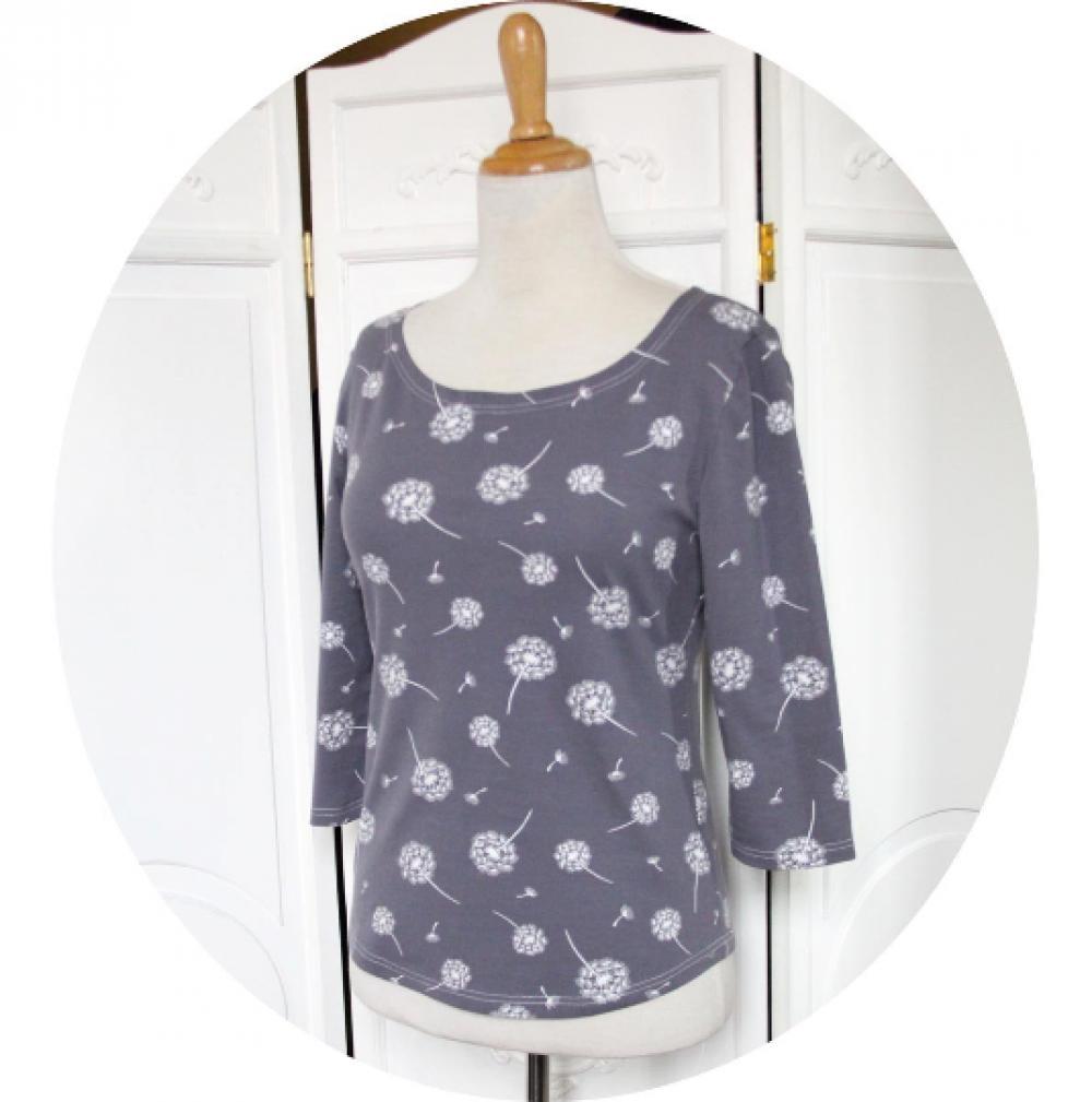 Top P'tit Basique en coton imprimé fleur de pissenlit blanc sur fond gris bleu à manches trois quart en jersey de coton--9995574292689
