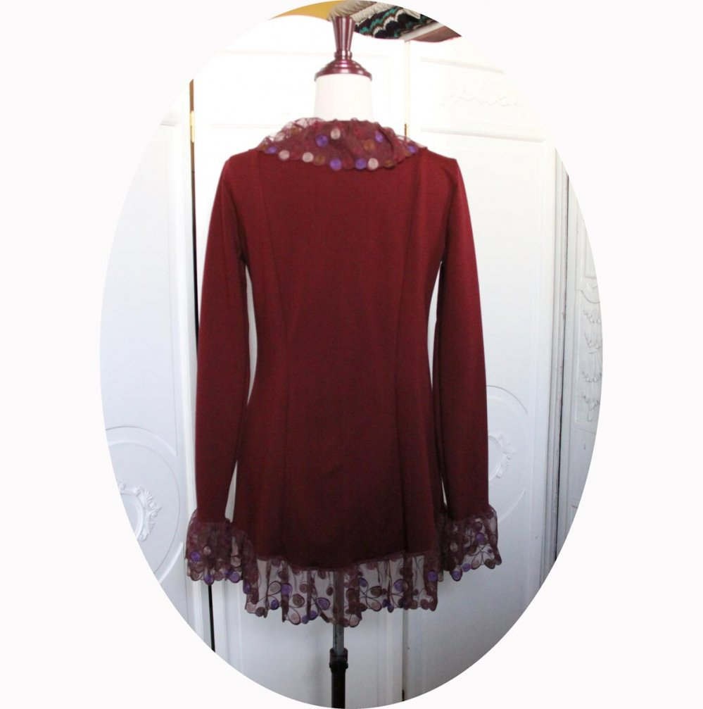 Veste gilet à manches longues en maille jersey de coton bordeaux et dentelle forme légèrement queue de pie--9995732877369