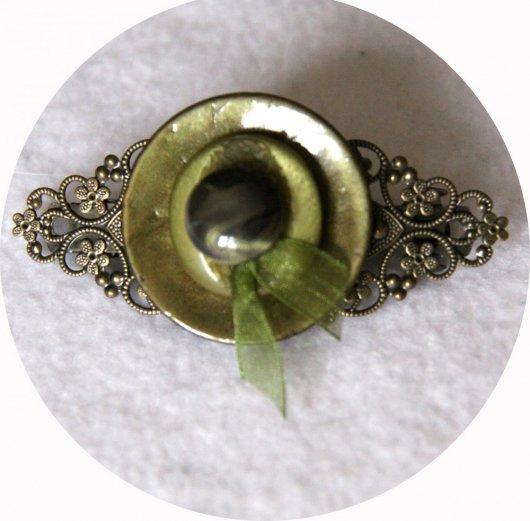 Barrette boutons vert kaki et bronze longueur 8cm