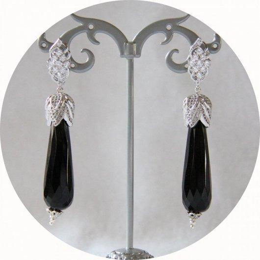 Boucles d'oreilles baroques grande goutte noires et attaches dormeuses argentées strassées