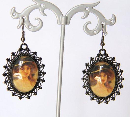 Boucles d'oreilles cabochon portrait ancien