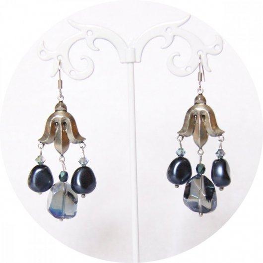 Boucles d'oreilles fleur de lys argent et nacre bleue