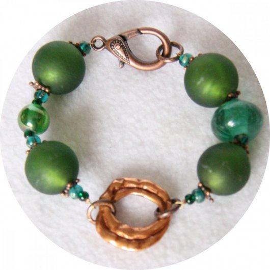 Bracelet à grosses perles de verre vert émeraude