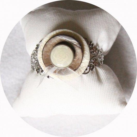 Bracelet rigide boutons baroque ivoire et argent