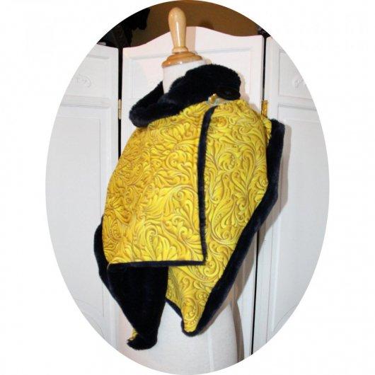 Col tour de cou en molleton jaune moutarde arabesques et polaire bleu marine grand format