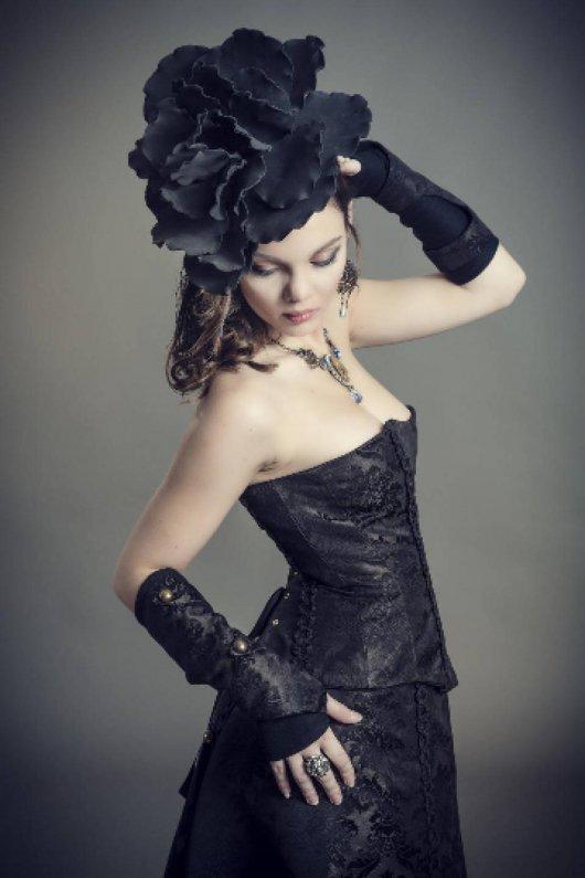 Ensemble bustier style corset et jupe longue et manchettes Belle Epoque en brocard marron et noir