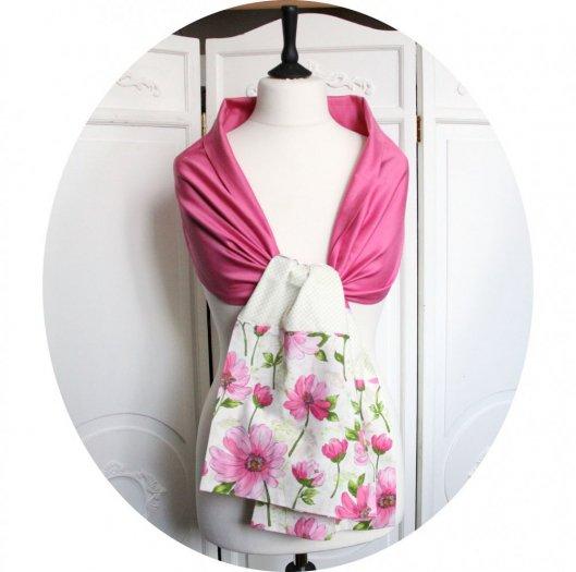 Etole en coton rose et imprimé fleurs roses