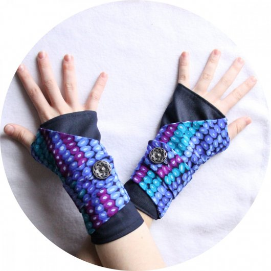 Manchettes mitaines bleu violet vert en coton doux bleu jean uni et imprimé perles mauves