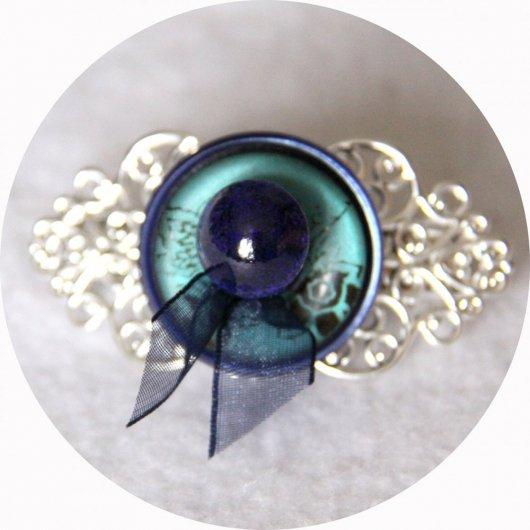 Petite barrette boutons bleu et argent longueur 5cm