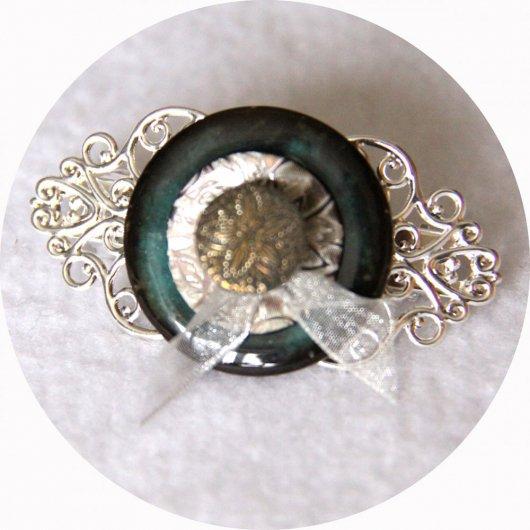 Petite barrette boutons nacre turquoise et argent longueur 5cm