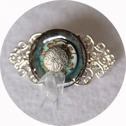 Petite barrette boutons nacre vert turquoise et argent longueur 5cm