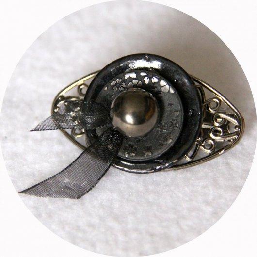 Petite barrette boutons noir nacre argent et gunmetal longueur 5cm