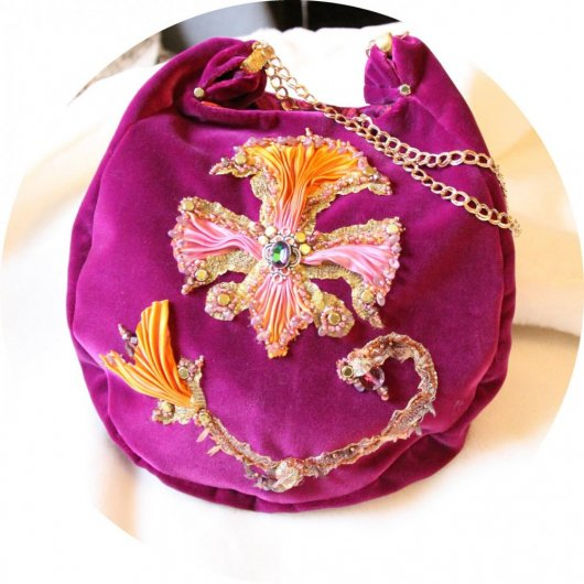 Sac a main en velours violet et broderie au ruban de soie, doublure soie, sac en velours brode,sac brode fleur de lys
