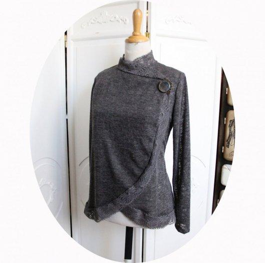Veste gilet croisé à manches longues en maille légère gris chiné et dentelle