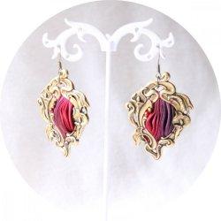 Boucles d'oreilles Art Nouveau en laiton bronze et ruban de soie shibori pourpre