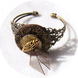 Bracelet rigide boutons baroque marron et doré